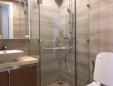 Bán Căn Hộ Vinhomes Golden River 2 Phòng Ngủ Đầy Đủ Nội Thất Toà Aqua 4  - Giá 7ty8